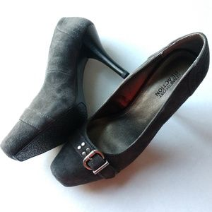 Kenneth Cole reaction grey pumps 9